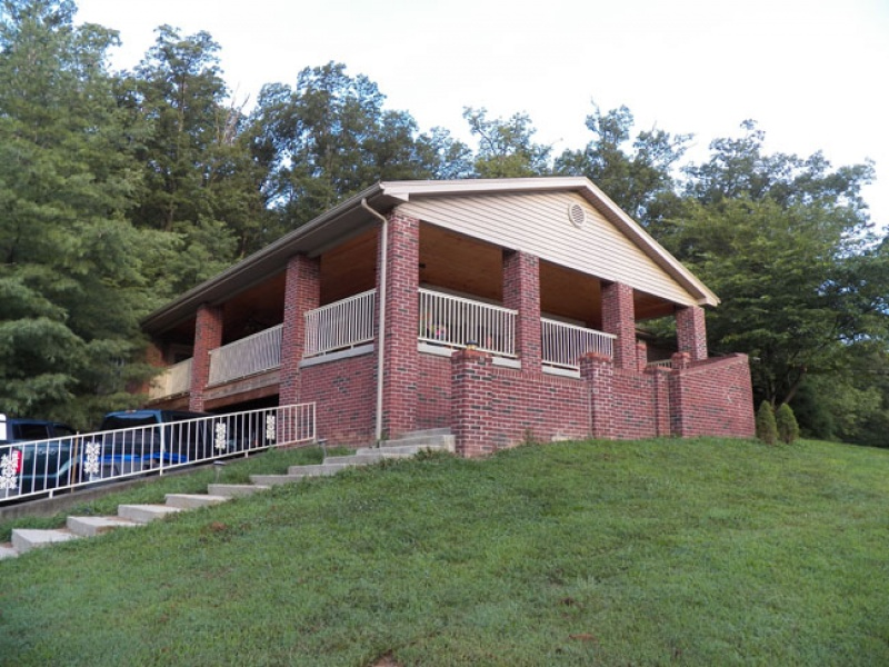 1000 Dezern Ct.,Fairdale,Jefferson,Kentucky,United States 40118,Acreage,Dezern Ct.,1133
