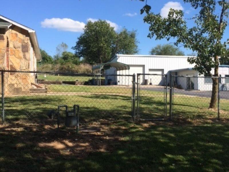 407 Nelson Dr.,Berryville,Carroll,Arkansas,United States 72616,Building,Nelson Dr.,1196