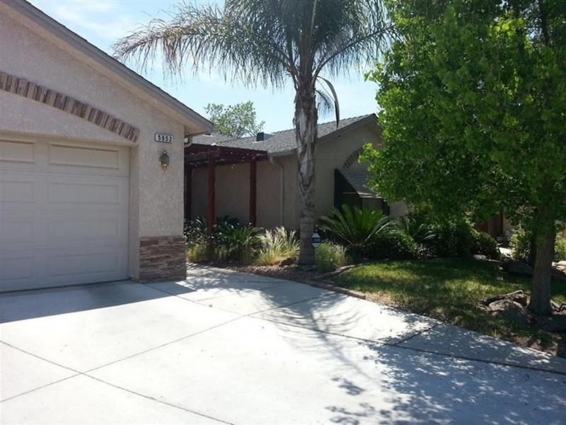 5652 W. Hammond St,Fresno,California,United States 93722,House,W. Hammond St,1230