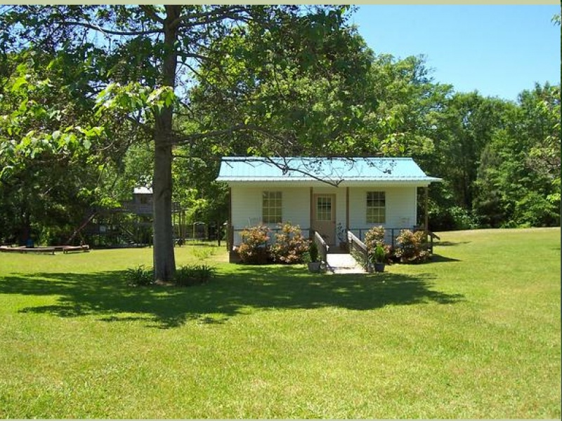 830 Jack Johnston Rd.,Tuskegee,Macon,Alabama,United States 36083,Acreage,Jack Johnston Rd.,1076